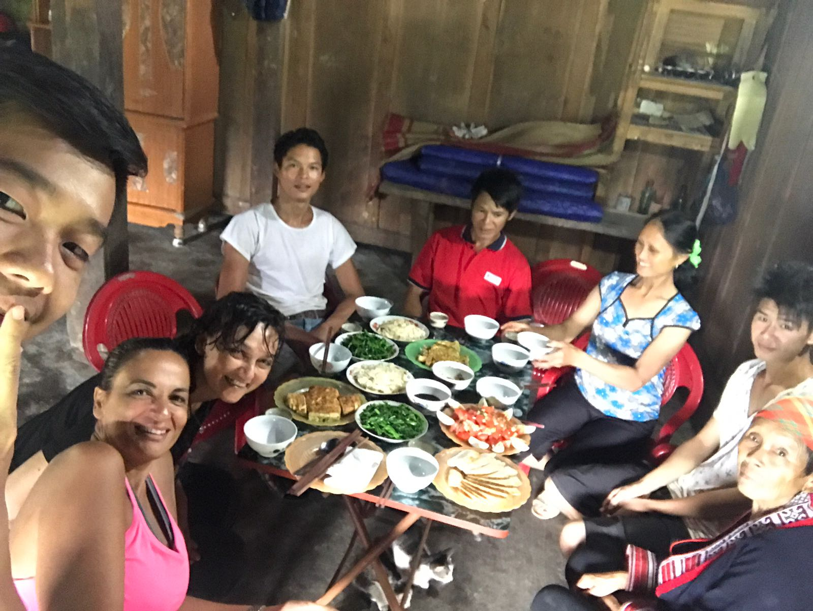 ארוחה באירוח וייטנאם